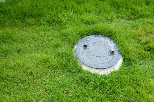 Septic tank underground waste treatment system